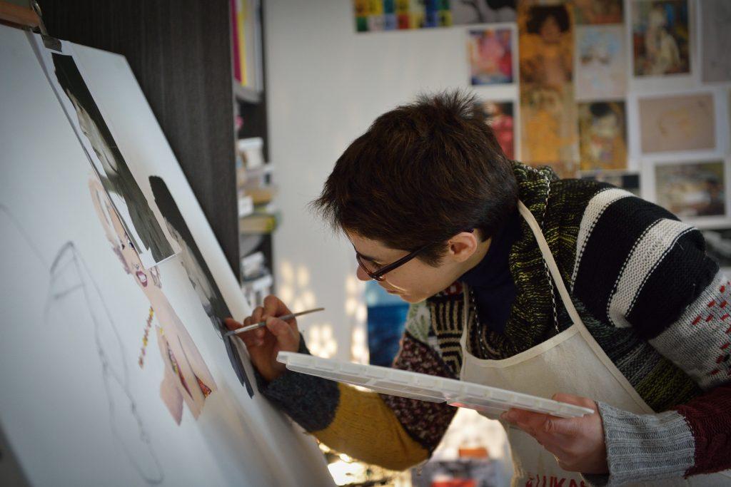Portrait peintre Joanna Kantorowicz réalisations | références clients Réalisations | références clients johanna kantowicz 1024x683
